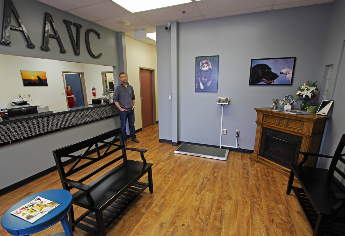 Vet Opens Mountain View Office Mountain View Post
