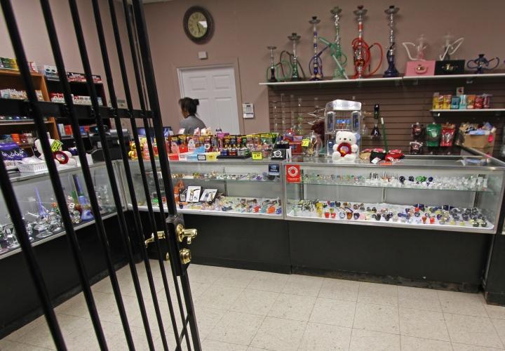 Smoke shop1