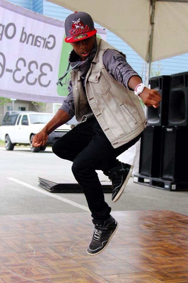 Marcus Freeman performing at the 2013 Mountain View Street Fair.